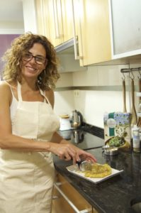 Montse Toledo, ganadora del #RetoMoringa 2017 prepara la receta premiada: Barritas energéticas con Moringa